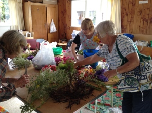 Tairua - making Christmas Tussie Mussies to give away